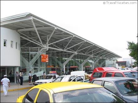 cancun_bus_station