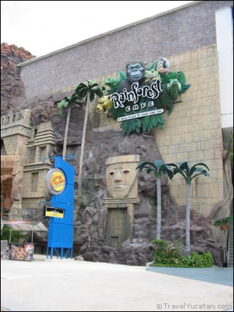 rain_forest_cafe_cancun