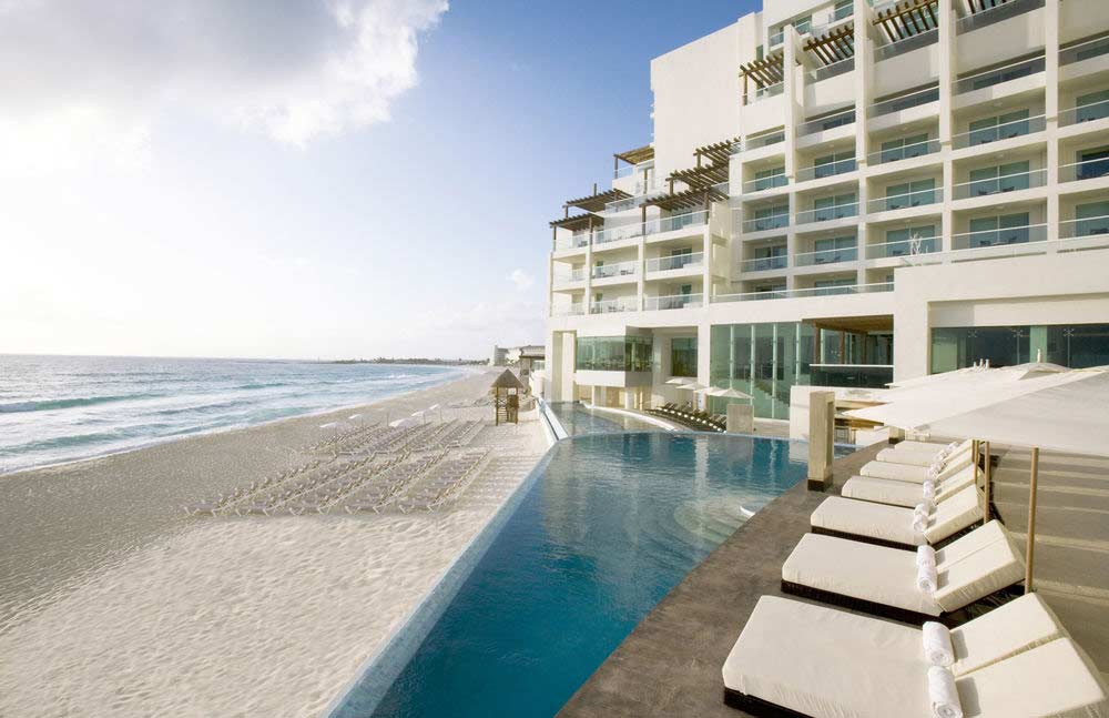 Sun Palace Couple Only top All-Inclusive Cancun resort