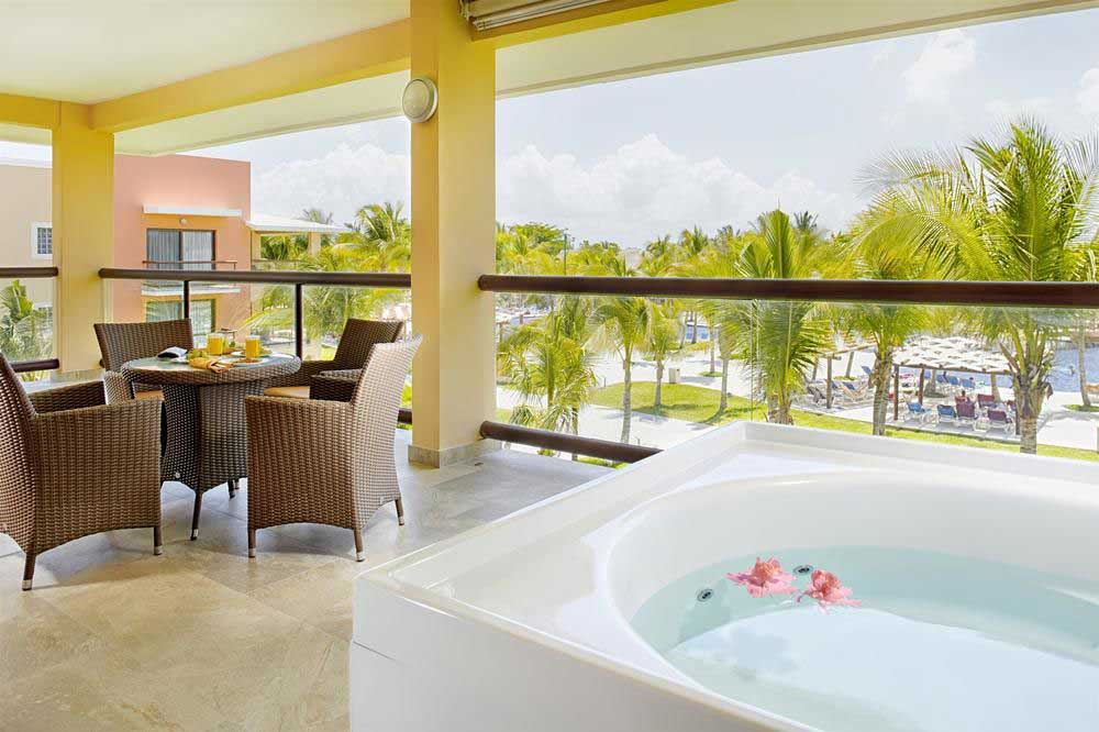 Barcelo-Maya-Beach-Resort-balcony