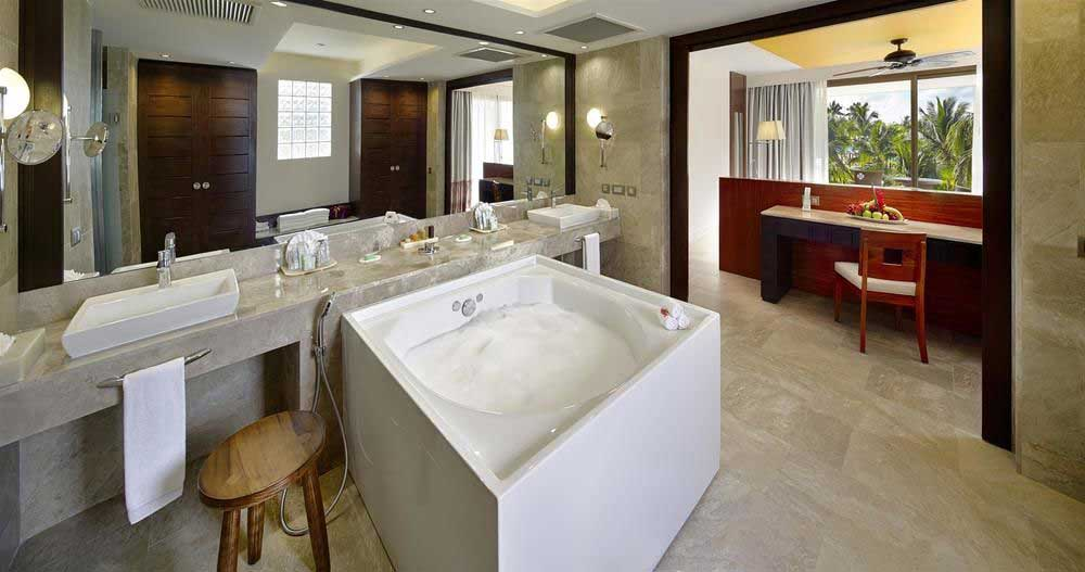 Barcelo-Maya-Beach-Resort-bathroom