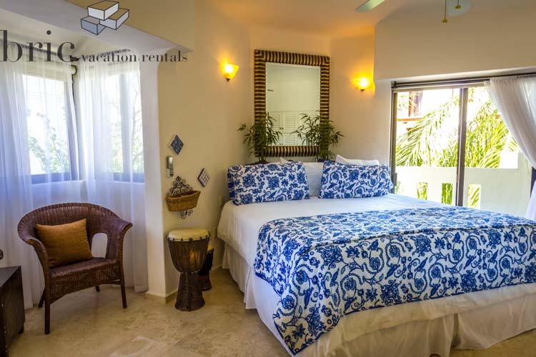 The Royal Palms Bedroom