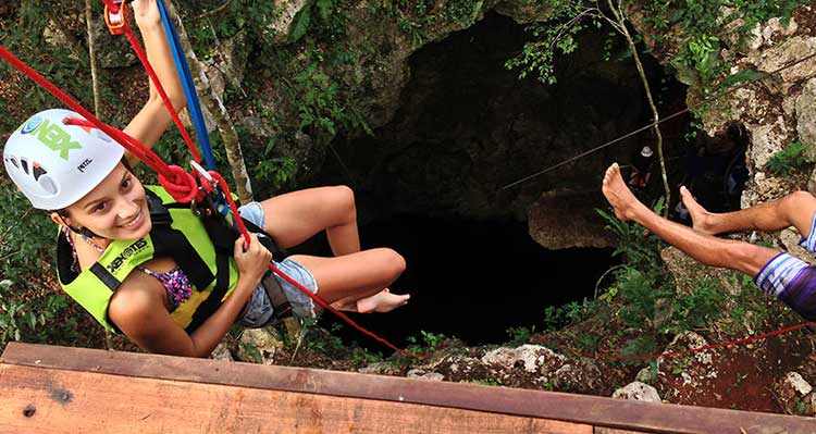 Cenote Rappelling