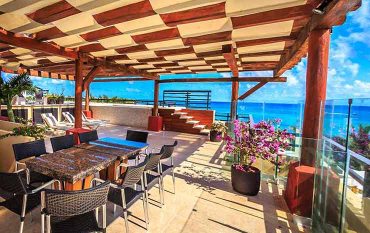 luxury-vacation-rental-rooftop-terrace-featured